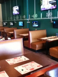 DJ's Wings, Restaurants in Falmouth MA, Casual Dining, Sports Bar, Main Street Falmouth MA