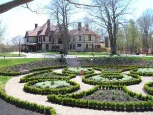 Highfield Hall Sunken Garden