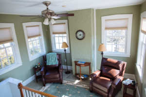 Renovated Cupola atop Forbes guestroom creating 2 story suite