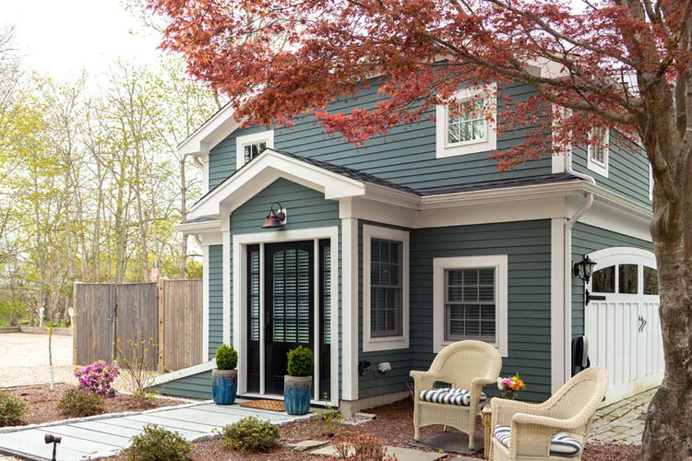 Guest Cottage Exterior