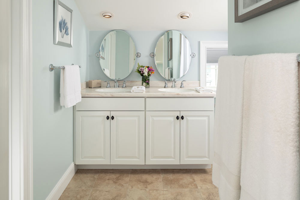 Guest Cottage Vanity
